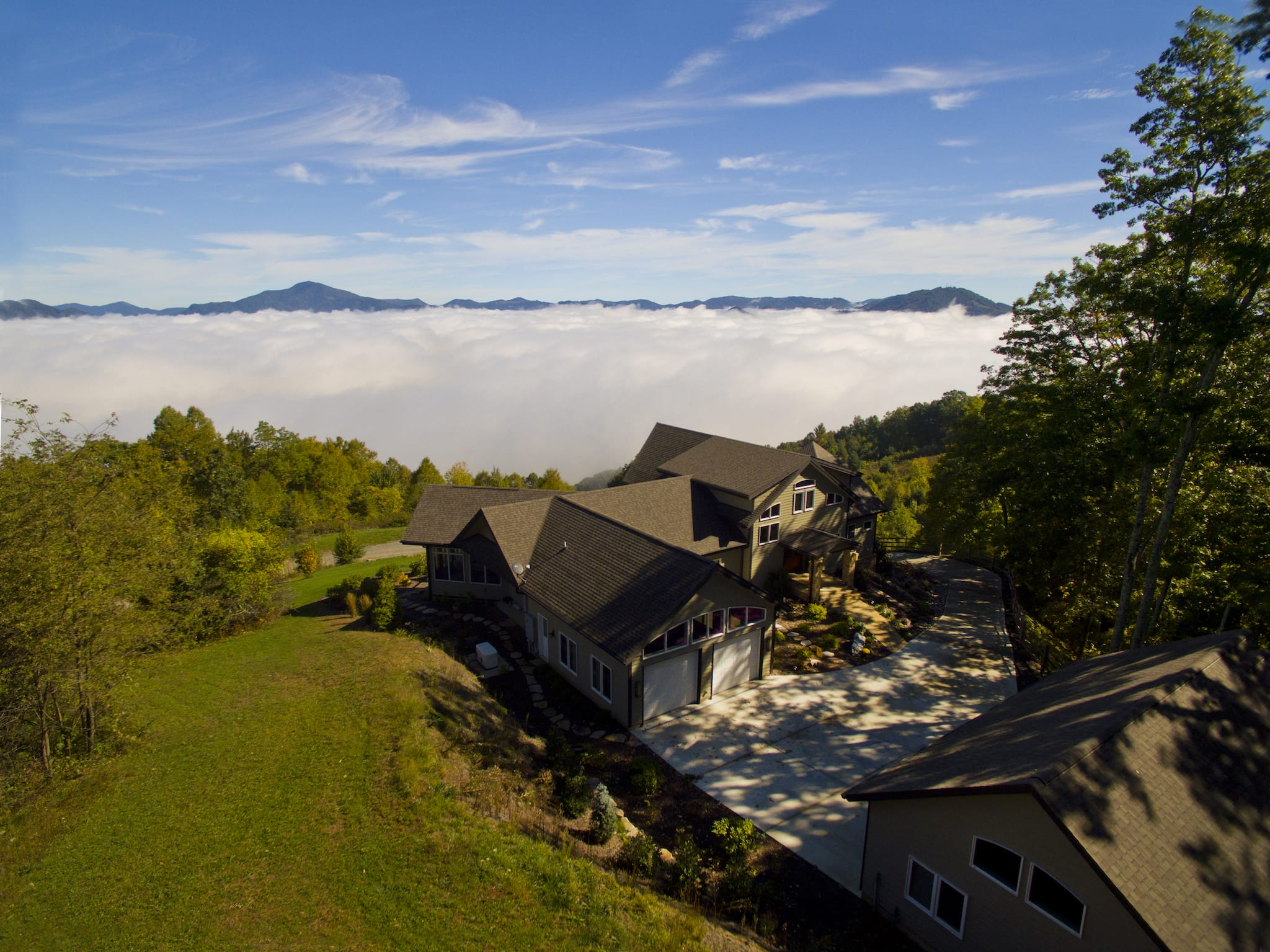 luxury mountaintop homes for sale
